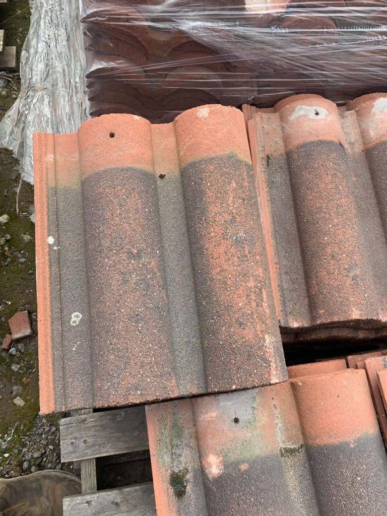 Reclaimed Roof Tiles Redland Bold Roll - Lofthouse Roofing Supplies